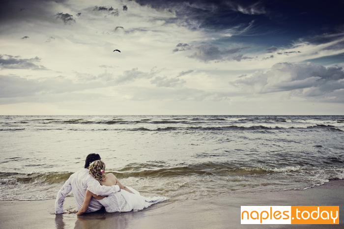 Newly weds at beautiful Naples beach